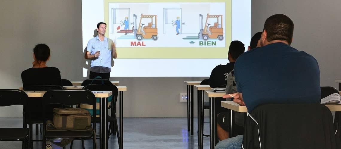 Formations professionnelles et qualifiantes en lien avec les métiers de la sécurité.